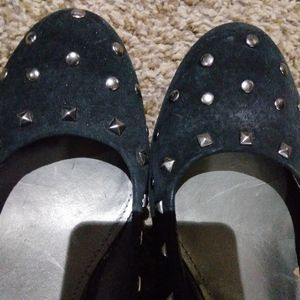Very lovely black kitten heels and silver studs